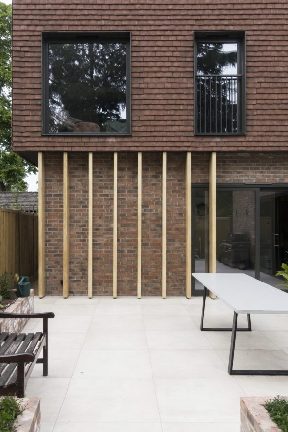 terracotta house completed - Annabelle Tugby Architects