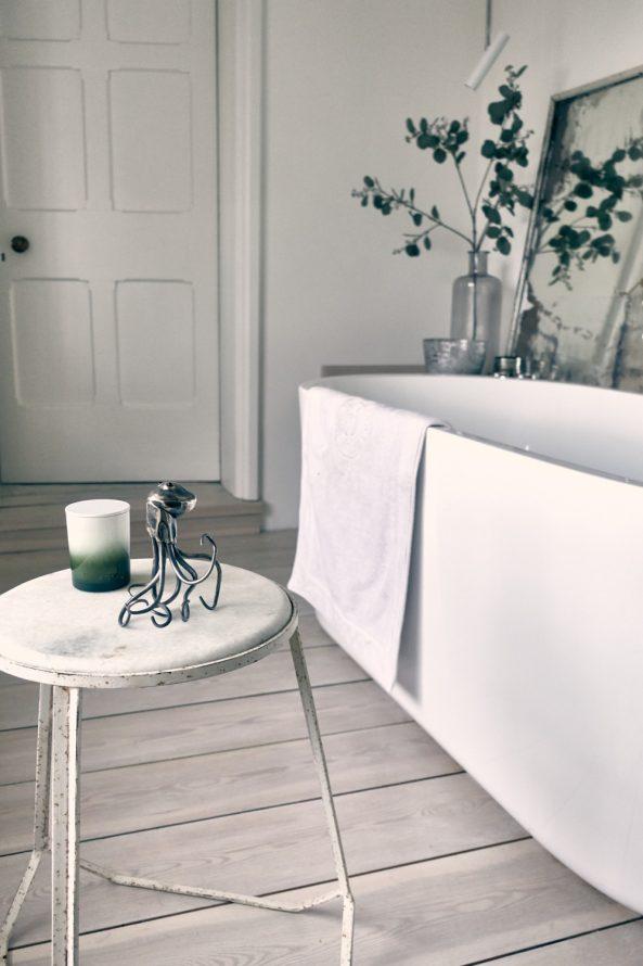 bathrooms - Annabelle Tugby
